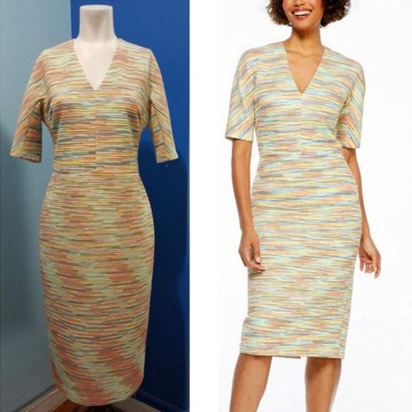 dec07156 Maggy London Dresses & Skirts - Joy Midi V-Neck Maggy london Dress Size 8